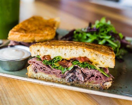 Roast Beef & Havarti Sandwich