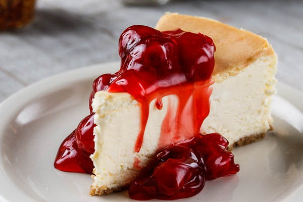 Cheesecake with Topping