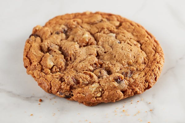 Oatmeal Walnut Raisin Cookie