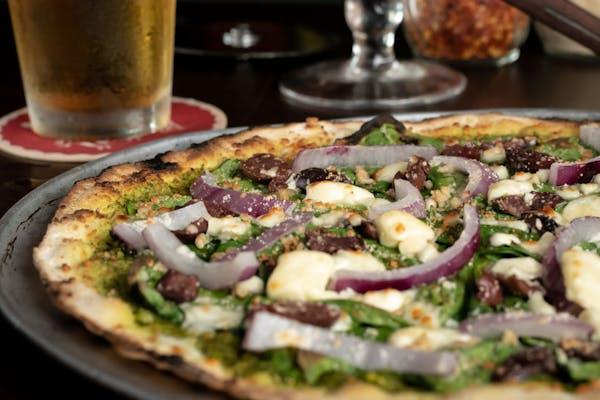 Plato's Pizza