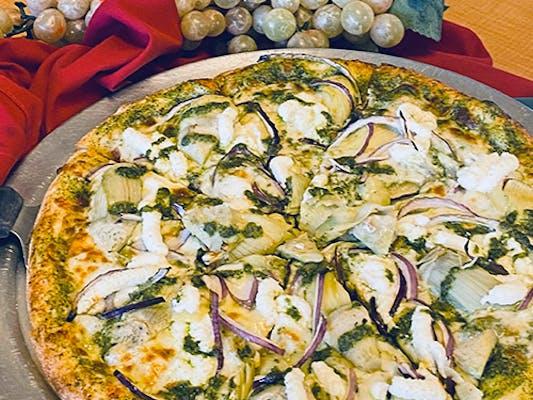 GARDEN PESTO PIZZA