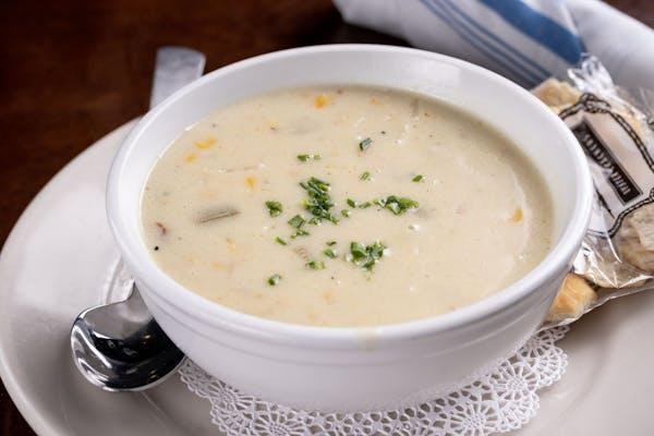 Lunch Corn & Crab Chowder
