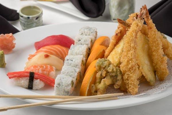 Tempura & Sushi Combination Entrée