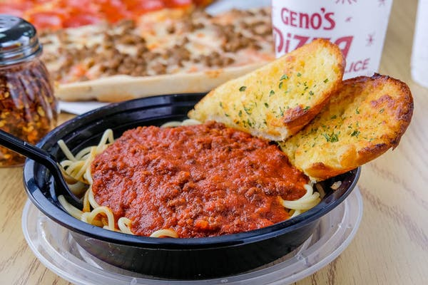 Spaghetti & Garlic Bread