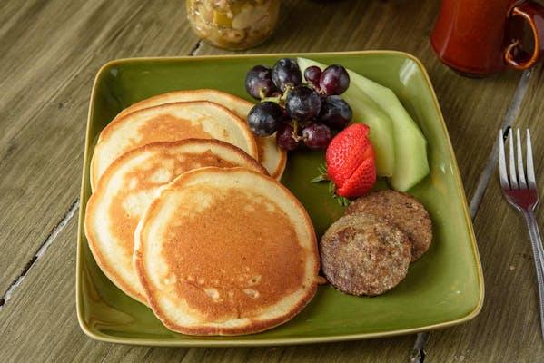 (2) Pancakes & Sausage Platter