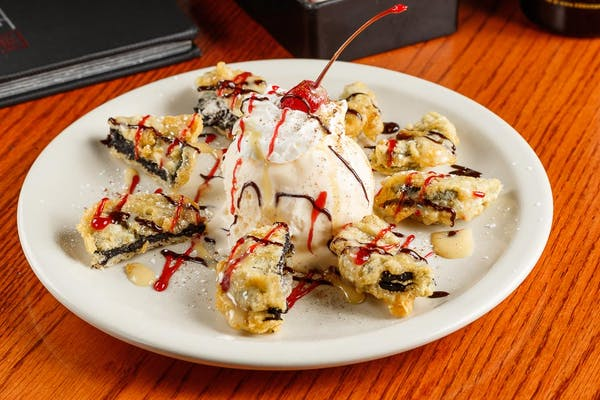 Tempura-Fried Oreos with Ice Cream