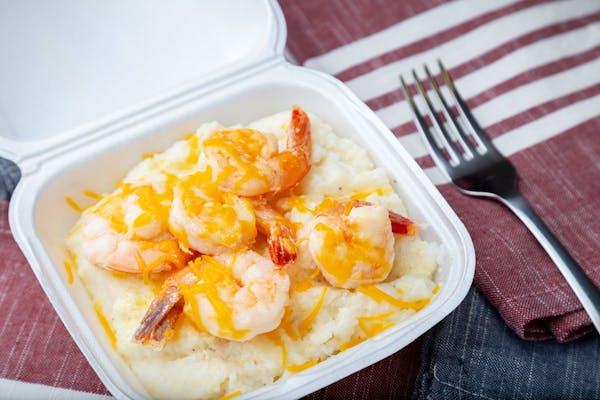 Fish or Shrimp & Southern Gritz