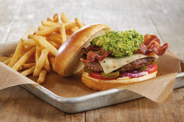 Bacon-Guacamole Deluxe Burger*