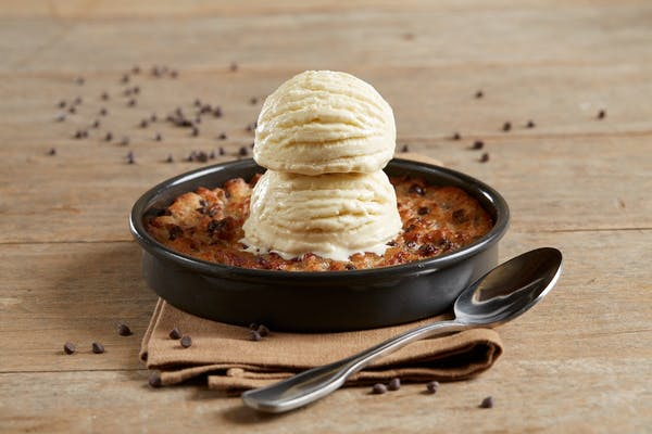 Gluten-Free Chocolate Chip Pizookie®