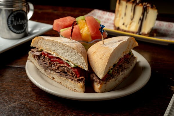 Longhorn Spicy Roast Beef Sandwich