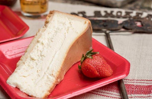 Carnegie Deli New York Cheesecake