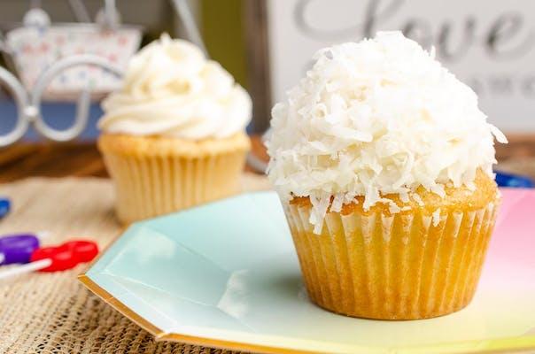 Coconut Cake Cupcake