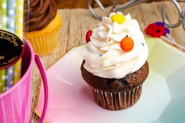 Chocolate with Vanilla Buttercream Cupcake