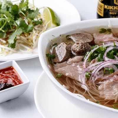 Pho Deluxe Noodle Bowl