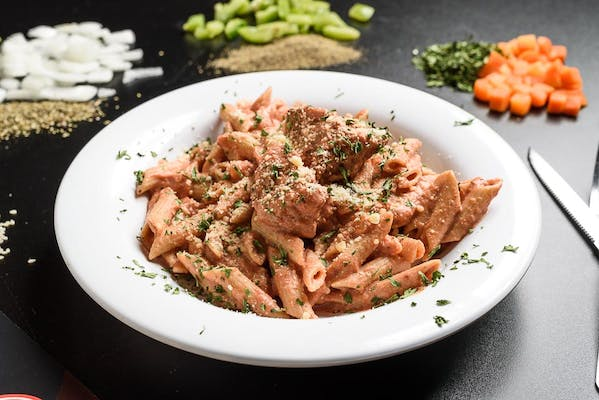 Penne & Reduced-Fat Vodka Sauce with Chicken