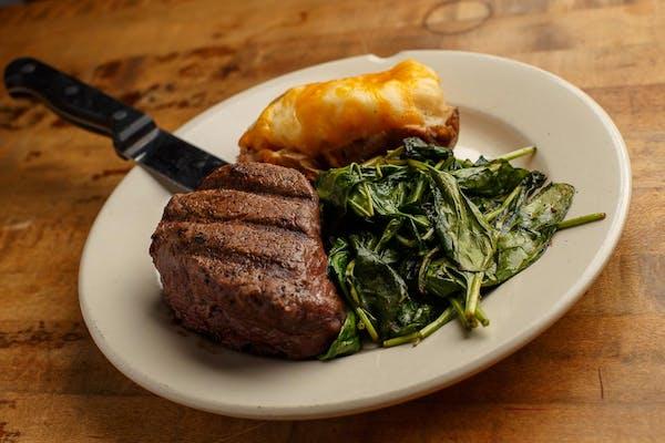 Hand-Cut Beef Tenderloin Filet