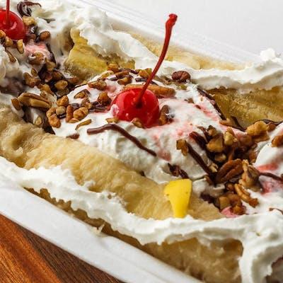 Traditional Banana Split