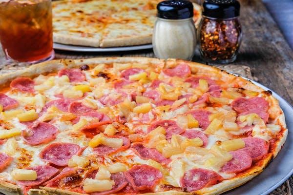(1) Hawaiian Delight Pizza