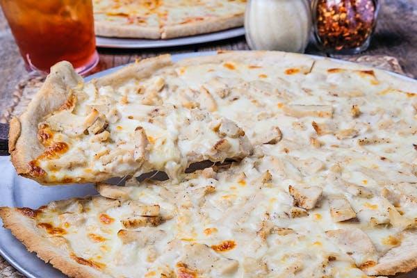 (1) Chicken Alfredo Pizza