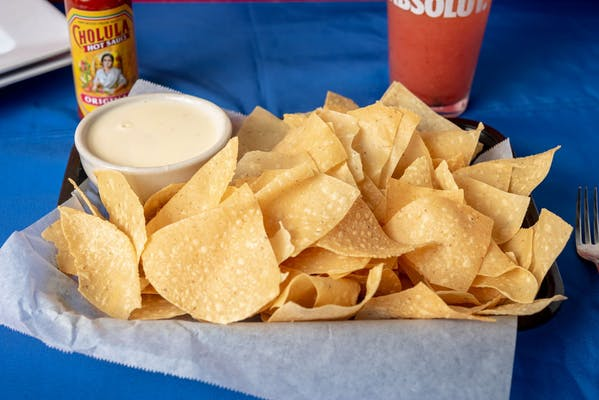 Chips & Queso Classic