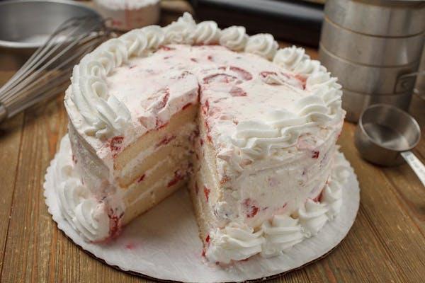 "(8"") Strawberry Cream Cake"