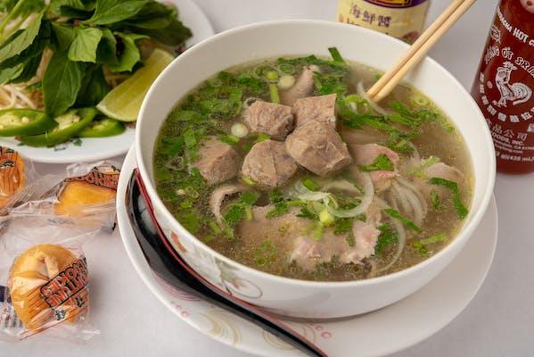 P9 Meatballs & Soft Tendon Soup