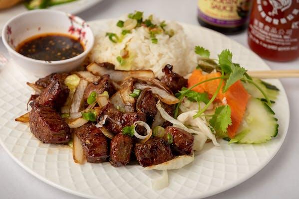 C7 Chunky Beef Rice Plate