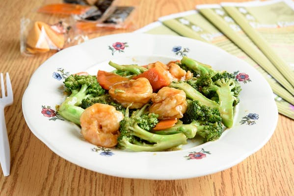 C21. Shrimp with Broccoli