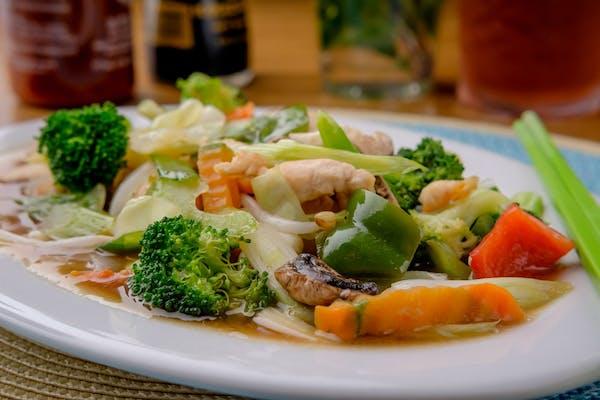 Pad Pak Ruam Mit (Mixed Vegetables)