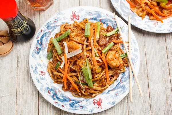 LM4. House Lo Mein