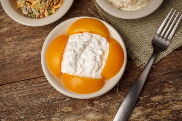Peaches with Cottage Cheese