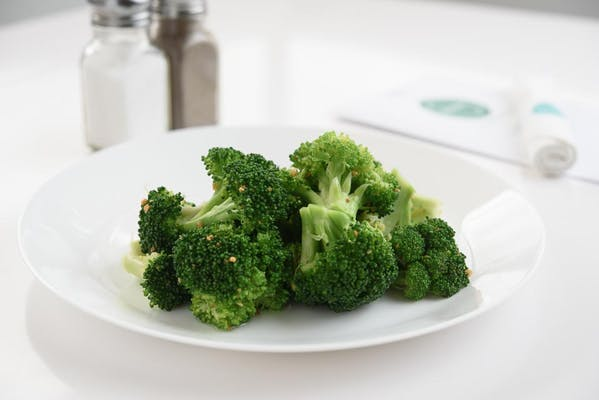 Broccoli with Garlic and Olive Oil