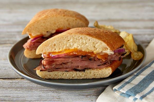Horseradish Roast Beef & Cheddar Sandwich