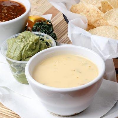 Queso, Salsa, Guacamole & Chips