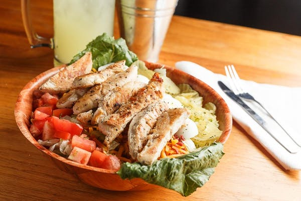 Tonto Grilled Chicken Salad