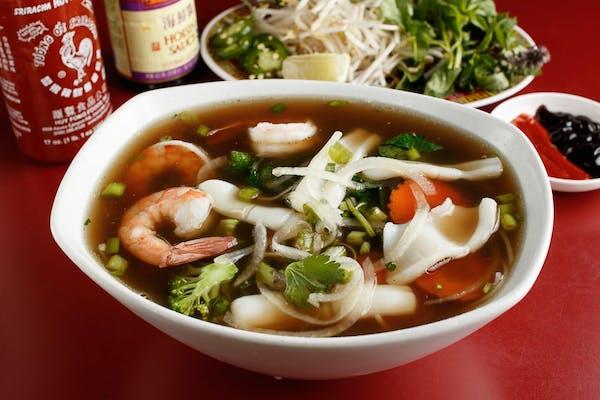 P14: Pho Seafood