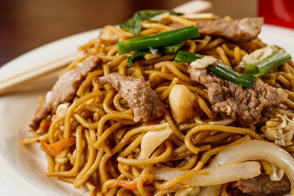 24. Beef Lo Mein