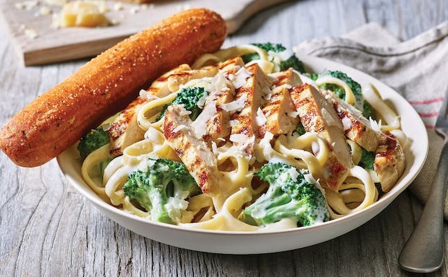 Classic Broccoli Chicken Alfredo