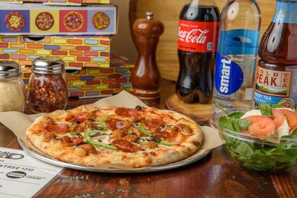 Lineage Pizza Coca-Cola Combo