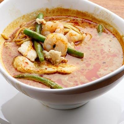 Curry Noodle Soup with Singapore Laksa