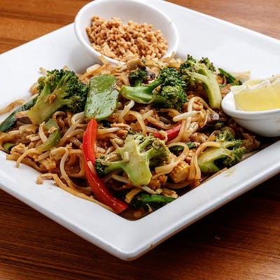 Mixed Vegetables Pad Thai