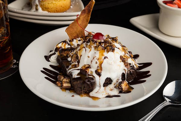 Serious Brownie Sundae