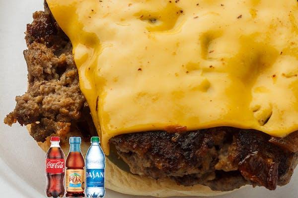 Cheeseburger Coca-Cola Combo