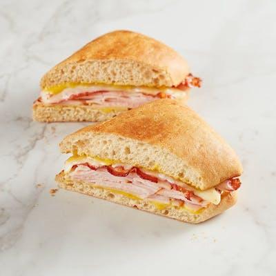 Smoky Pepper Jack Turkey Sandwich