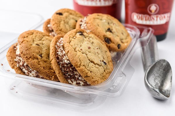 Perfect Duet Ice Cream Cookie Sandwiches (4 Pack)