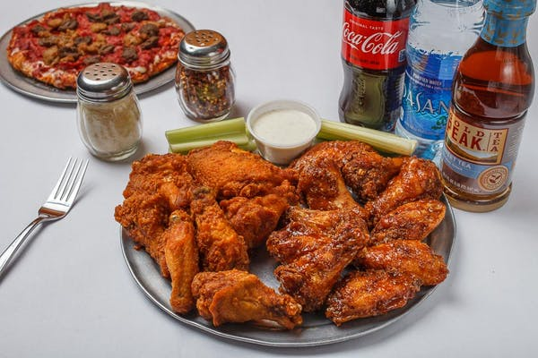 (20) Traditional Wings Coca-Cola Combo