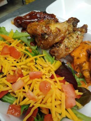 Wings & Garden Salad