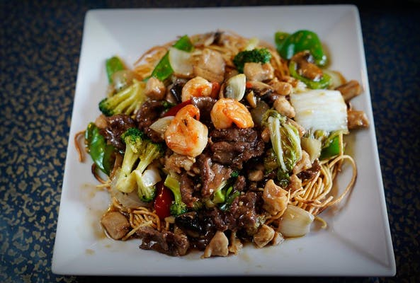 N14. Combination Pan-Fried Noodles