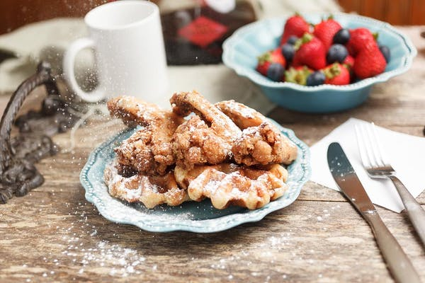 (3) Chicken Wings with (2) Waffles or Pancakes