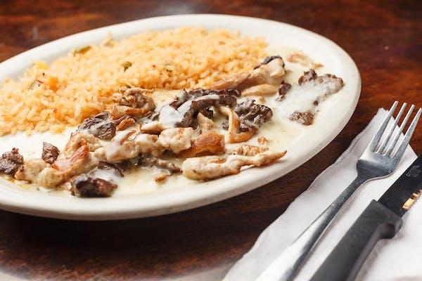 Caporales Fiesta Chicken